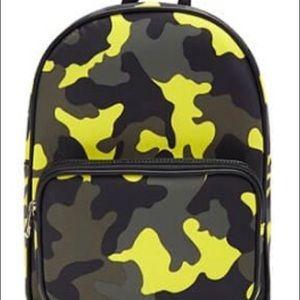 Medium size camo book bag